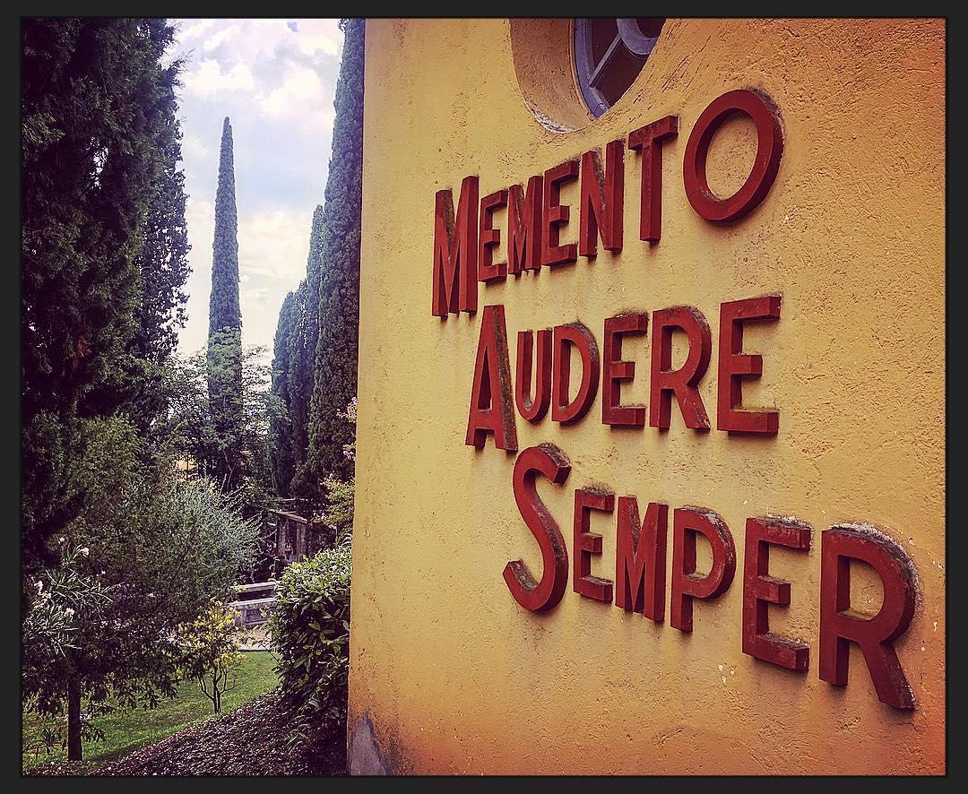 Memento Audere Semper SA